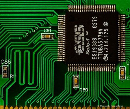 IC and PCB