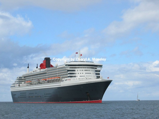 Queen Mary 2 - ID: 9175949 © Cheryl  A. Moseley