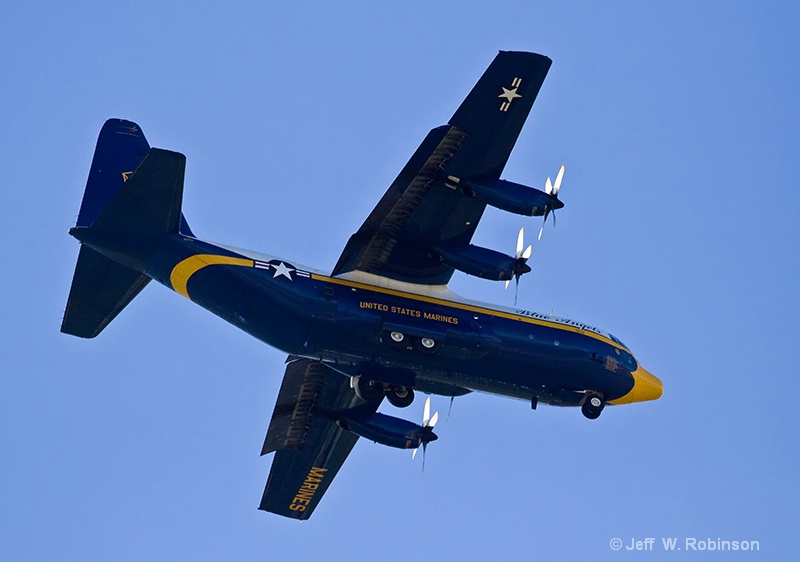 Fat Albert - ID: 9353895 © Jeff Robinson