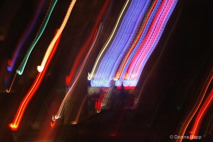 street scene - ID: 9418945 © Donna Rapp