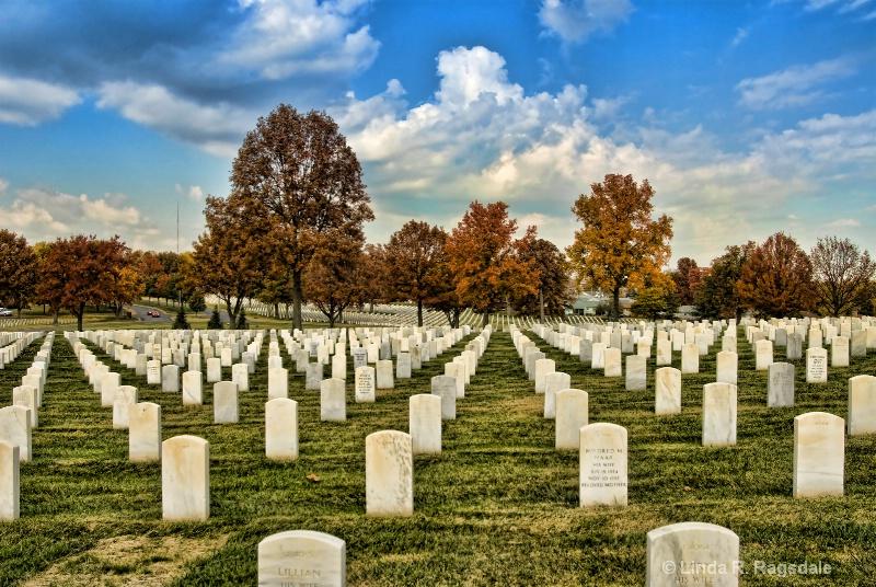 Fallen Heros - ID: 9593721 © Linda R. Ragsdale