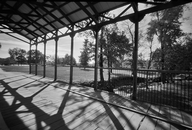 Covered Bridge - ID: 9595563 © Steve Parrott