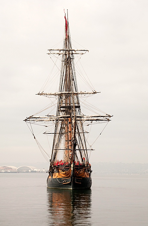 HMS Surprise, Leaving Port - ID: 9673983 © Mary-Ella Bowles