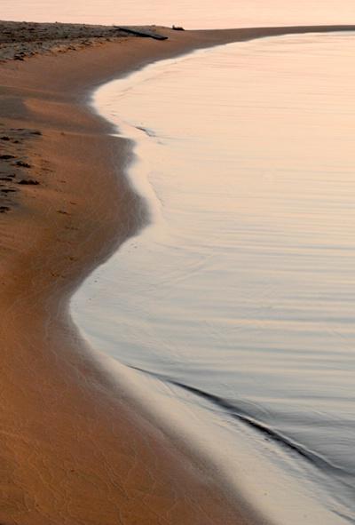 Shoreline Pattern - ID: 9685474 © Joseph Cagliuso