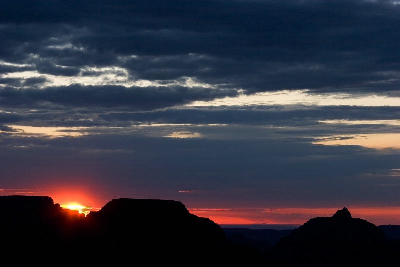 Grand Canyon Sunrise - ID: 9805040 © Robert A. Burns