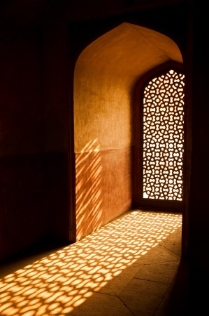 Light in the Tomb