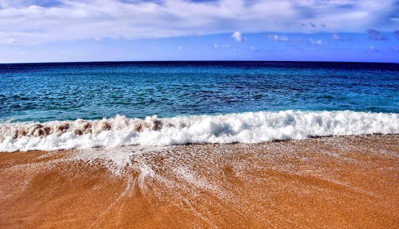 Simply Beach - ID: 9831720 © Clyde P. Smith