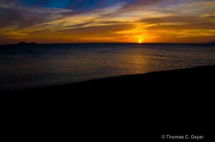 Philippine Sunset 5 - ID: 9846957 © Thomas C. Geyer