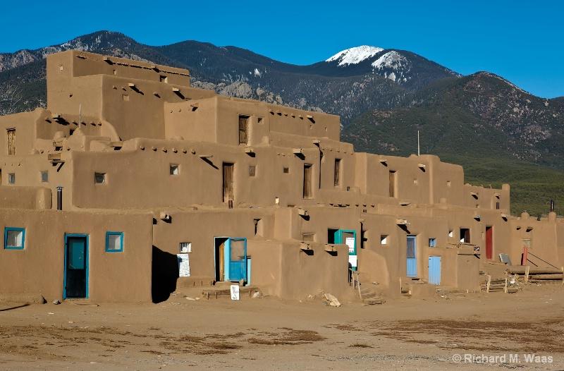 Taos Pueblo #2 - ID: 9862326 © Richard M. Waas