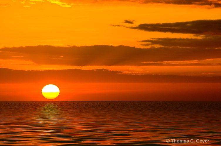 Philippine Sunset 1b - ID: 9866071 © Thomas C. Geyer