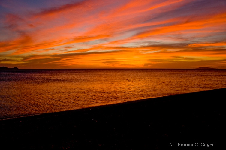 Sunset Glow - ID: 9967340 © Thomas C. Geyer