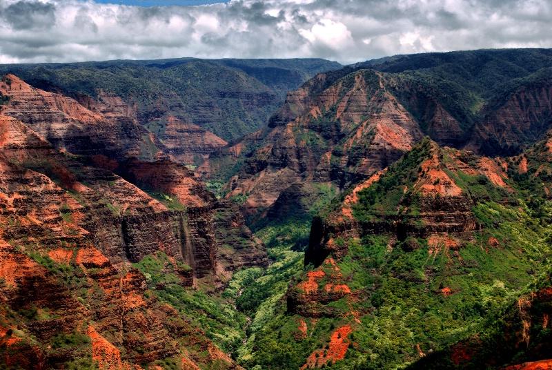 Kauai's Grand Canyon - ID: 9997946 © Clyde P. Smith