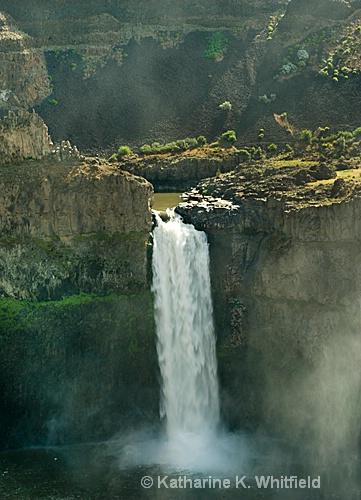 Palouse Falls - ID: 10229137 © Kathy K. Whitfield