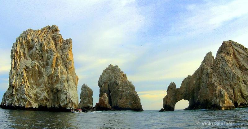 Cabo San Lucas Rock Arch - ID: 10485256 © Vicki Gilbreath
