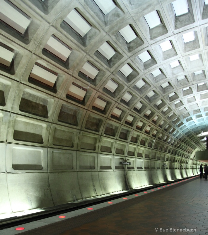 Off Hours in the Metro, Washington, DC - ID: 10498516 © Sue P. Stendebach