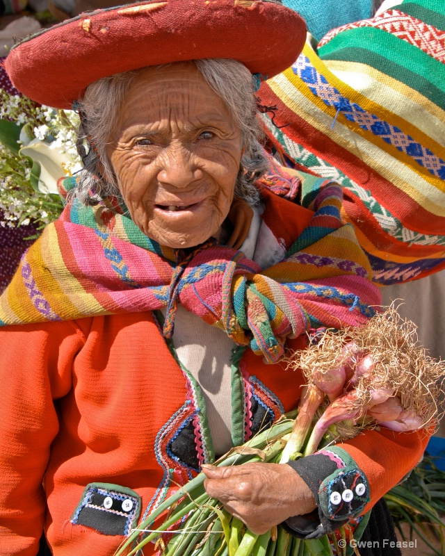 Old Woman At the Market - ID: 10505225 © gwen feasel