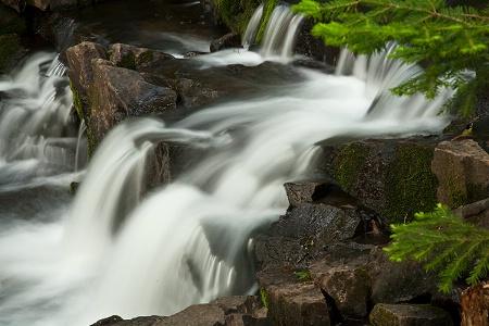 Chapel Falls. Lac Beauport Qc.