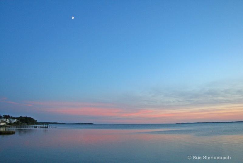 Waning Light, Albermarle Sound, Duck, NC - ID: 10536538 © Sue P. Stendebach