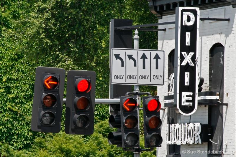 Mixed Messages, Georgetown, Washington, DC - ID: 10540900 © Sue P. Stendebach
