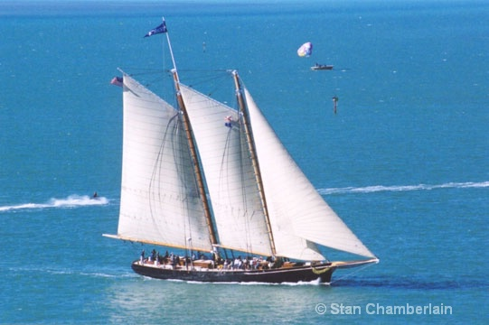 The America in blue Water - ID: 10718207 © Stan Chamberlain