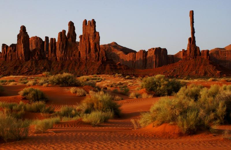 Monument Valley Sunrise - ID: 10740695 © Sharon L. Langfeldt