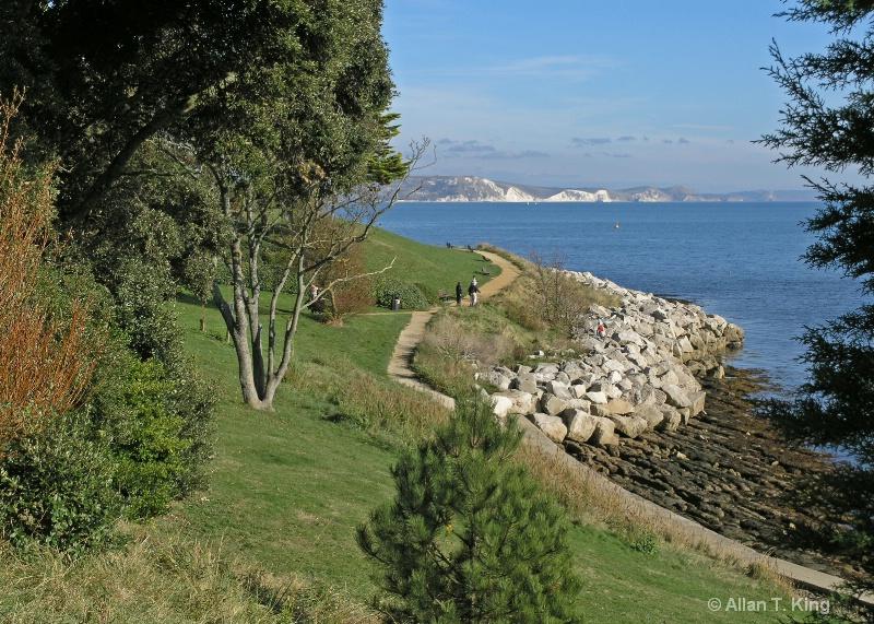 Nothe Coastal Footpath - ID: 11014785 © Allan King