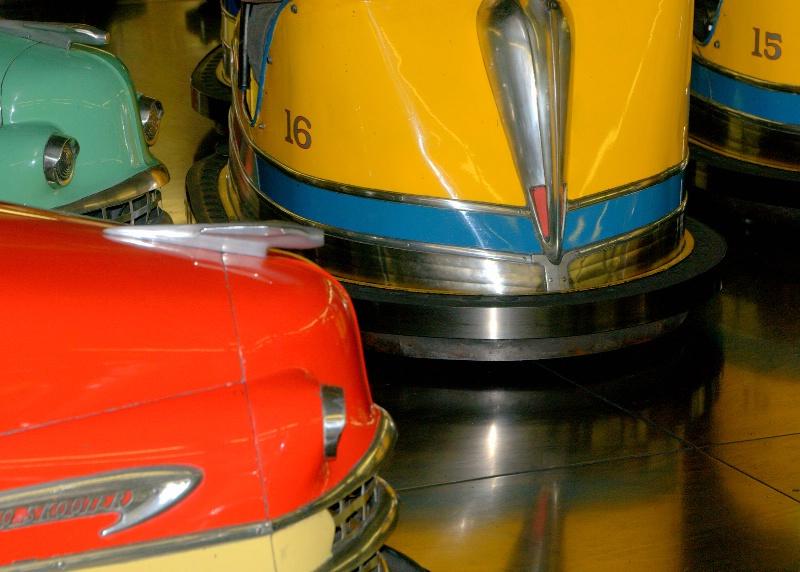 Classic Bumper Cars - ID: 11046390 © cari martin