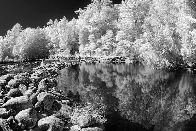 Infra-reflections - ID: 11054505 © Eric Highfield