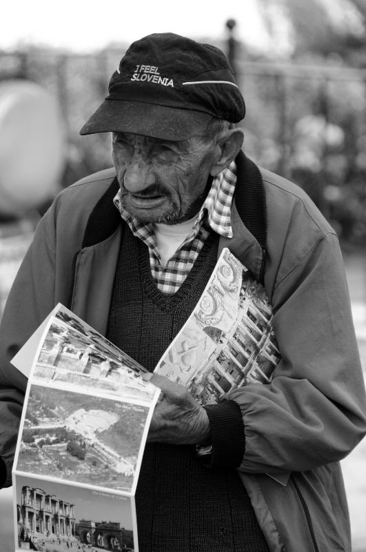Postcard Man - ID: 11114631 © Stanley Singer