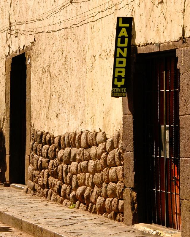 Cusco Laundry - ID: 11309355 © gwen feasel