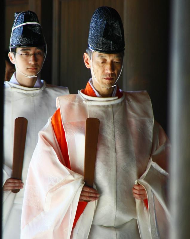 Wedding Attendants (Meiji Shrine - Tokyo)  - ID: 11320363 © STEVEN B. GRUEBER