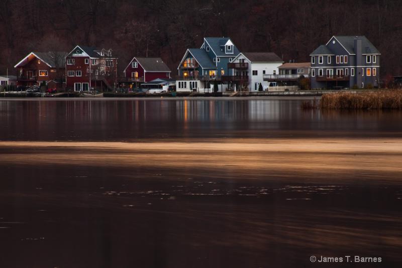 Houses along the Housatonic River