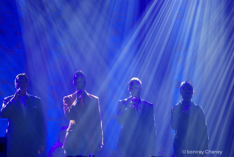 Gathers in Concert - ID: 11388309 © BoniRay Chaney