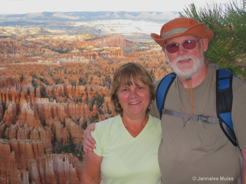 Dad & Rose at Bryce - ID: 11543059 © Jannalee Muise