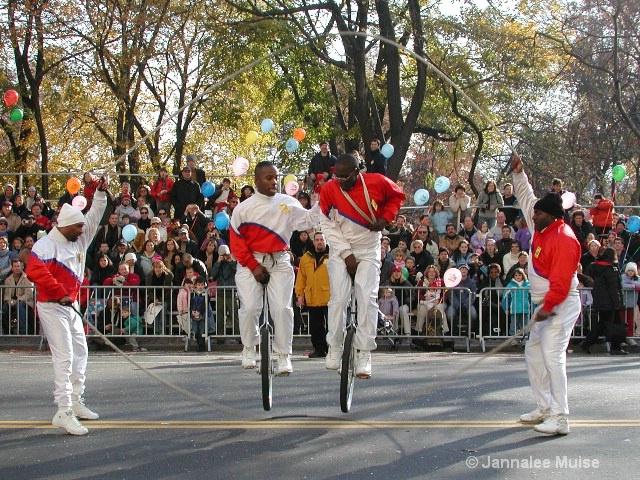Macy's parade - ID: 11589825 © Jannalee Muise