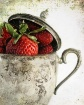 silver & strawber...
