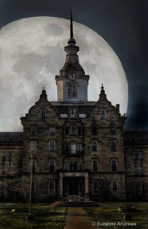 Lunatic Asylum Moon