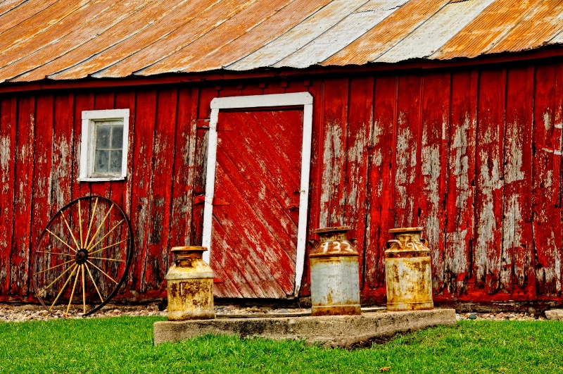Red barn & milk cans