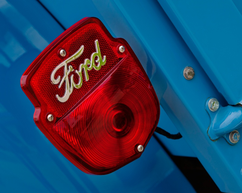 Ford: red, white and blue! - ID: 11806890 © Jim Kinnunen