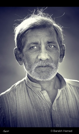 of pakistan  Eyes speaks of hope