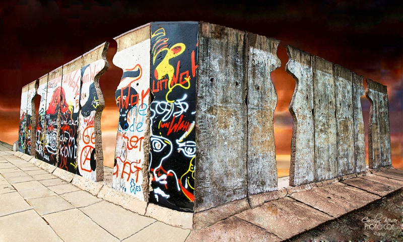 East Meets West - The Berlin Wall, a Composite - ID: 11964862 © Carolyn Keiser