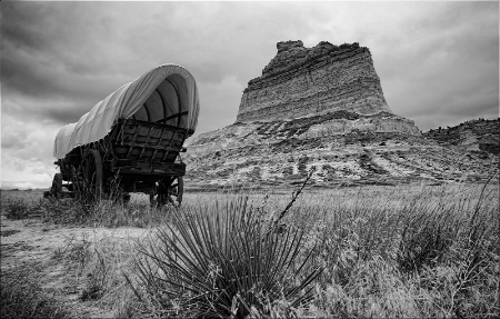 ~ ALONG THE OREGON TRAIL ~ B&W