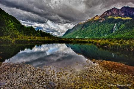 Mirror Lake, Mildford Sound: NZ