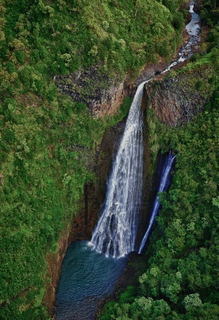 Manawaiopuna Falls