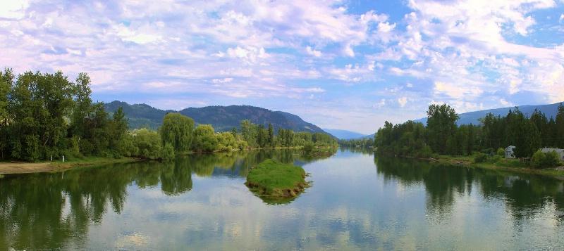 Quite water - ID: 12083375 © ashley nicholas