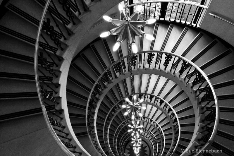 Lighted Spiral, Washington, DC - ID: 12210763 © Sue P. Stendebach