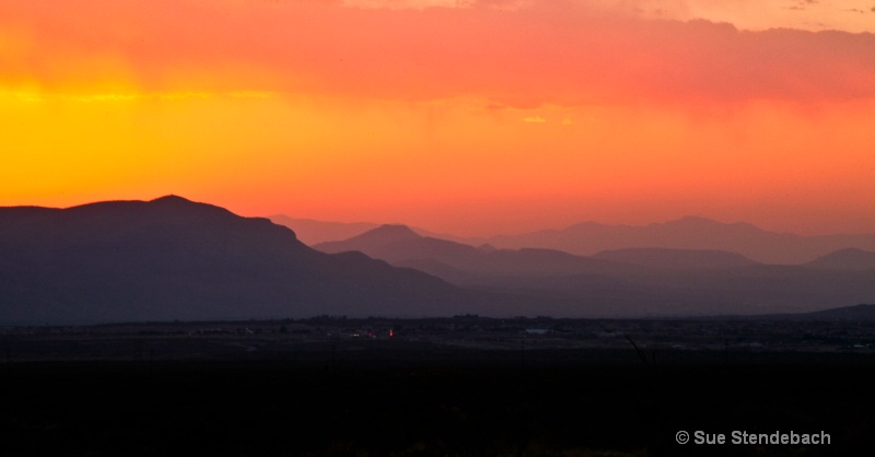 Many Colors of the Setting Sun, Las Cruces, NM - ID: 12214880 © Sue P. Stendebach