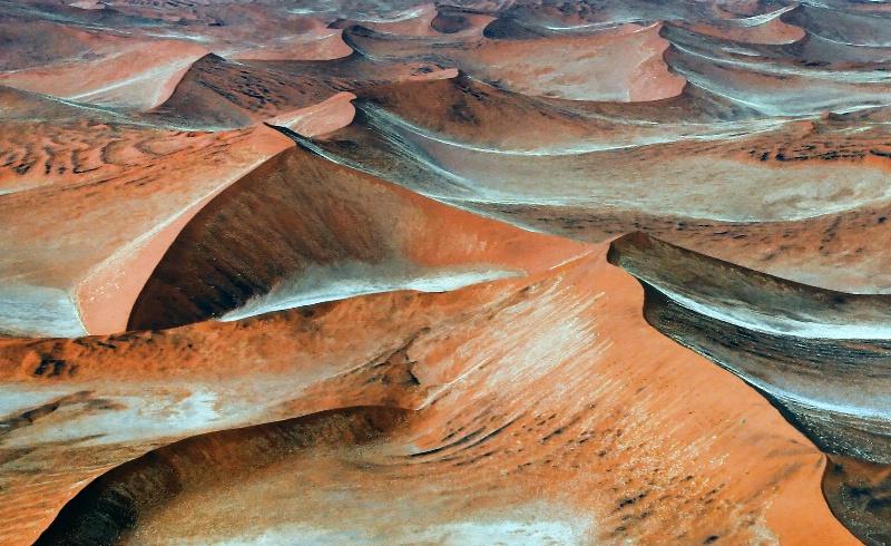 Dunes - ID: 12276125 © Martha Chapin