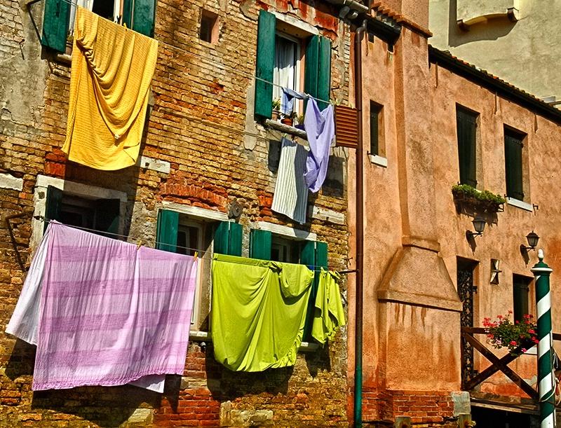 Laundry Day Italian Style