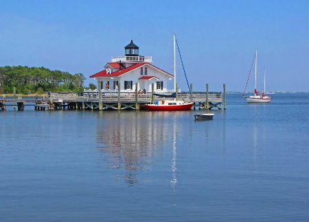 Roanoke Marshes Replica Lighthouse